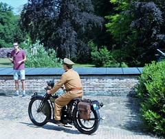 2018 Living History (Steenvoorde Leen - 8.5 ml views) Tags: 2018 doorn utrechtseheuvelrug living history 19141918 great war wo i huis haus kaiser wilhelm keizer people visitors motor bike soldaat soldat soldier tenue doornhuisdoorn hausdoorn kaiserwilhelm huisdoorn doornkaiser wilhelmkeizerwilhelm vwi greatwar 2018livinghistory geschiedenis historie geschichte kriegvwi huisdoornhaus doornliving historyeventevent doorneventutrechtseheuvelrug
