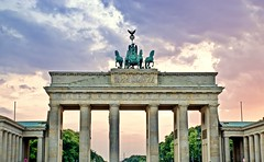 The majestic Brandenburg Gate (somabiswas) Tags: brandenburg gate berlin germany evening travel