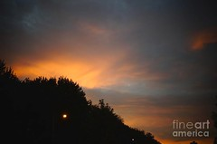 Bright sky glowing during sunset (Aliceheartphoto) Tags: fineartamericaartist photography fineartamerica faa fineart pixelsartist sky clouds trees naturephotography nature sunset pretty colorful ohio cincinnatiphotography tristate ohiophotography sony cybershot beautifulsunset