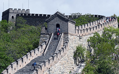 China: millenarian culture and impressive dynamism (photoriel) Tags: china beijing pékin building urban architecture sculpture spring greatwall nature mountain tree ruins wall