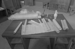 Carnuntum_13 (rhomboederrippel) Tags: rhomboederrippel fujifilm xe1 april 2018 europe austria loweraustria petronellcarnuntum museum rome room bw monochrome office desk paper