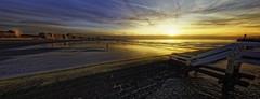 Zonsondergang Nieuwpoort (glessew) Tags: nieuwpoortbad zonsondergang sunset zee meer mer sea beach plage kust coast littoral vlaanderen westvlaanderen belgië belgique