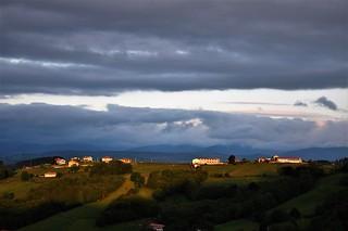Amanece en Tineo - Asturias