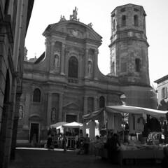 Piazza San Prospero - Reggio Emilia -  May 2018 (cava961) Tags: reggioemilia sanprospero analogue analogico monocromo monochrome bianconero bw 6x6 rolleiflex rolleiflex35f