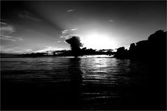 000524 (la_imagen) Tags: sw bw blackandwhite siyahbeyaz monochrome lindau lindauimbodensee bodensee laimagen lakeconstanze lagodiconstanza lagodeconstanza friedrichshafen silhouette siluet cloud dramatic sky wolken bulut hintereinsel