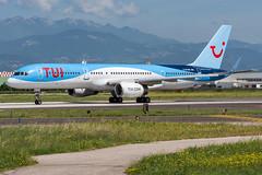 TuiFly UK / B752 / G-BYAW / LIPX 22 (_Wouter Cooremans) Tags: vrn verona lipx veronaairport spotting spotter avgeek aviation airplanespotting tuifly uk b752 gbyaw 22 tuiflyuk