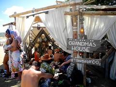 grandma's house (citymaus) Tags: lightninginabottle lib 2018 dolab bradley california lake sanantonio musicfestival art festival grandmas house chill tent chillout area tigrebailando