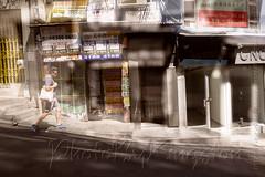 X02T4236 (kingston Tam) Tags: street life human streetscenes city photojournalism streetphotography people door gate walk walker pedestrian fujifilmxt1 soho bar
