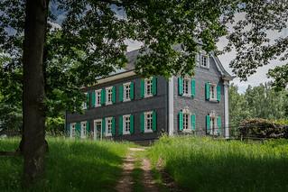 Altes Schulhaus aus dem Bergischen Land