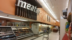 Angled view of the meat and seafood counter, with lunch meats off in the distance (Retail Retell) Tags: kroger clarksdale ms closing closure liquidation sale january 2018 greenhouse 2012 bountiful décor package remodel former millennium store coahoma county retail