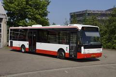 VDL BERKHOF AMBASSADOR TCR 585 (EX VEOLIA 5386) met kenteken BT-ZB-33 voor de bus garage Heerlen 19-05-2018 (marcelwijers) Tags: vdl berkhof ambassador tcr 585 ex veolia 5386 met kenteken btzb33 voor de bus garage heerlen 19052018