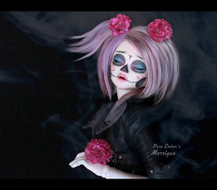 Pinks (pure_embers) Tags: pure embers resin bjd msd doll dolls unoa lusis uk girl embersmorrigan morrigan photography photo ball joint sugar skull calavera soy purple frappzilla hair white skin sleep pink flowers dark