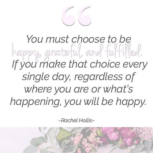 Rachel Hollis book fan photo