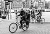 AmsterBiKERs (164/365) (Walimai.photo) Tags: black white blanco negro byn bw branco preto blanc noir bike bicicleta bicycle bici amsterdam holanda netherlands street calle candid portrait retrato robado nikon d7000 nikkor 35mm