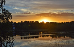 Good night!? Or maybe not? (L.Lahtinen (nature photography)) Tags: finland summer sysmä night midnightsun naturalphenomenon lake reflections majutvesi ohrasaari scenery