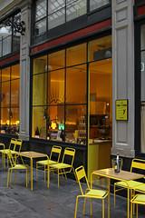 Champagne (urb_mtl) Tags: galeries royales sainthubert sthubert aube aÿ bar vin wine jaune yellow catchycolors urbain urban city ville bruxelles brussels belgique belgium belgie