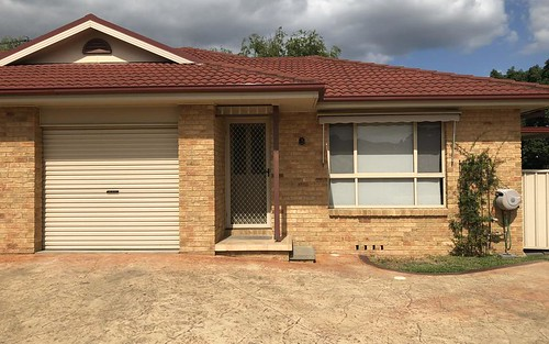 3/8 Sports Av, Cessnock NSW 2325