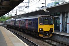 Arriva Rail North Class 150/1 150120 - Stockport (dwb transport photos) Tags: arrivarailnorth northern sprinter 150120 stockport dmu