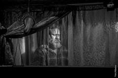 Foto-Arô Ribeiro-9281-2 (Arô Ribeiro) Tags: pho blackwhitephotos photography laphotographie bnw bw blackandwhite blackandwhiteportrait portrait candidportrait pb pretoebranco arte fineart brazil sãopaulo peçadeteatro barragemdesantaluzia rudifranpompeu nikond40x nikond7000 thebestofnikon nikon arôribeirofotógrafo