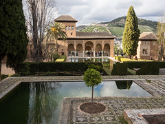 Alhambra (9) (Teelicht) Tags: alhambra andalucia andalusia andalusien architektur burg elpartal granada spain spanien architecture castle fortress