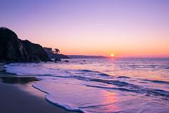 Good Morning Sun (alize_28) Tags: plage beach ocean sea leverdesoleil sunrise sky purple landscape nature nikon trezhir plougonvelin finstère bretagne france