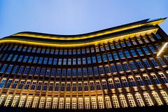 Hamburg (Maerten Prins) Tags: germany duitsland deutschland hamburg chilehaus fischertwiete bluehour blue hour window windows curve evening twilight dark light lights sky architecture building facade