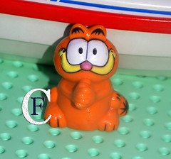 Garfield (figurecollectionnow) Tags: figure collection figurecollection garfield cat orange toy collector
