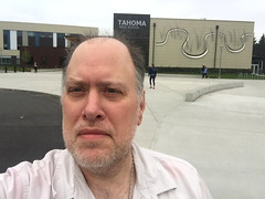 Day 2315: Day 125: Out front (knoopie) Tags: 2018 may iphone picturemail tahomahighschool theater maplevalley cherokeebaypark doug knoop knoopie me selfportrait 365days 365daysyear7 year7 365more day2315 day125