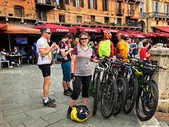 Sienna (Gee & Kay Webb) Tags: mtb mountainbike bike bicycle cycling outdoors riding buildings tuscany italy sienna