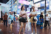 Friday night (人間觀察) Tags: street streetphotography photography sony sonyrx1r rx1rm2 rx1r candid city night people girls travelling 35mm f2 wideopen offfinder 街拍 街道 hongkong hongkongisland hk