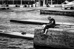 054/365 - Thessaloniki, street photography (Andreas Mamoukas Photography) Tags: thessaloniki macedonia greece street streetphotography