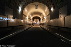 Alter Elbtunnel (vmonk65) Tags: nikon nikond810 hamburg alterelbtunnel farbe color tube tunnel strase