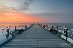 Saltburn Pier Sunset (steveniceton.co.uk) Tags: saltburn pier saltburnbythesea saltburnpier saltburnnorthyorkshire northyorkshire northeastengland northyorkmoors boardwalk sunset tramonto tranquil tranquility tranquillità serene serenity