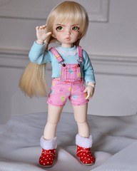 Maddie doesn't care if she doesn't match, she just wants to wear her favorite boots! (Goodbyeyouhellome) Tags: littlefee ltf littlefeeante bjd abjd balljointeddoll dollfairyland