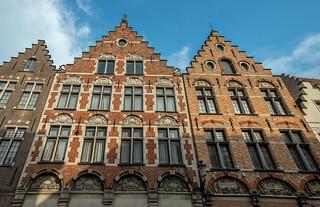 Buildings (Bruges Side Street) ( Fujifilm X70 Compact) (1 of 1)