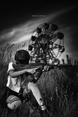 観覧車 (KokuuDD) Tags: ruins amusement park ferris wheel schoolgirl sru ak