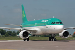 EI-DVN Airbus A320-214 Aer Lingus (corkspotter / Paul Daly) Tags: eidvn airbus a320214 a320 4715 l2j mprs 4ca947 ein ei aer lingus 2011 daubh 20110524 ork eick cork