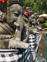 Ganesha (Claudio e Lucia Images around the world) Tags: ganesha bali ubud chedi