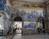 Porto São Bento Railway Station (Fizzik.LJ) Tags: azulejo porto railway interiors architecture station portugal