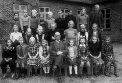 Class photo (theirhistory) Tags: children kids boy girl school pupils group jumper shoes trousers shorts wellies rubberboots teacher suit