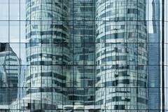 Aus den Fugen (_LABEL_3) Tags: architecture architektur facade fassade fenster linien reflections reflektionen spiegelungen window courbevoie îledefrance frankreich fr