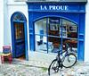 Librería (Nati C.) Tags: suiza lausana hdr nik tienda bicicleta silla
