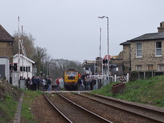Passengers of the Mayflower tour gather on Albion Street level crossing to photograph 47580 15-04-18 (APB Photography™) Tags: westcoastrail mayflower charity railtour class47 47580 saxmundham