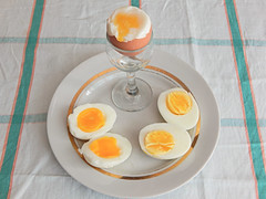три-яйца (Horosho.Gromko.) Tags: egg eggs cooking breakfast boiledeggs яйца рецепт книгаовкуснойиздоровойпище кухня еда food