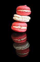 2018 Sydney: Macarons (dominotic) Tags: 2018 food macaron pinkmacarons circle meringue reflection blackbackground yᑌᗰᗰy sydney australia