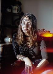 (SilentGiova) Tags: canon canonrebel2000 50mm f14 portra portrait kodakfilm kodakportra analog analogphotography análogo film 35mm