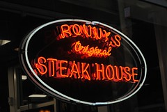 Ronny's Original Chicago Steak House (Cragin Spring) Tags: city chicago chicagoillinois chicagoil illinois il midwest unitedstates usa urban unitedstatesofamerica downtown neon neonsign sign ronnysoriginalchicagosteakhouse ronnyssteakhouse restaurant loop chicagoloop
