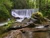 Un rincón para perderse (la_magia) Tags: agua asturias cascadas reflejos rocas naturaleza verde primavera bosque arboles piedras riosuaron mazomeredo jaraz espaã±a españa