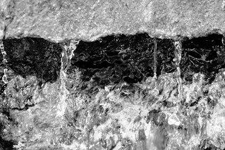 Water flow von sea