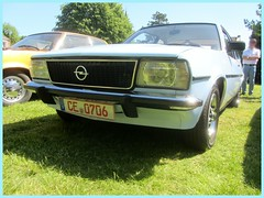 Opel Ascona B, 1978 (v8dub) Tags: opel ascona b 1978 allemagne deutschland germany german gm pkw niedersachsen voiture car wagen worldcars auto automobile automotive youngtimer old oldtimer oldcar klassik classic collector